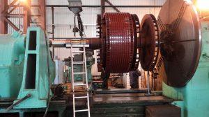 Подготовка к наплавке шейки вала ротора электрической машины